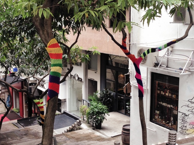 Yarn bomb in Hong Kong!