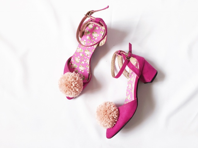 gwenstella made pom pom heels DIY