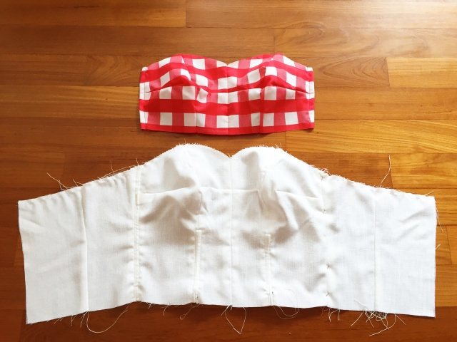 Adding gingham fabric for inserting removable bra paddings